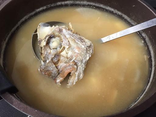 焼き鯛のあら汁